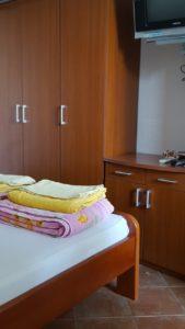 Предлагаются апартаменты на вилле рядом с морем в Петроваце