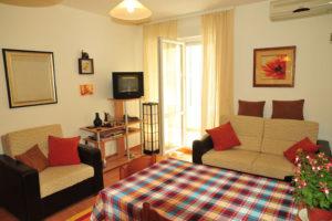 Квартира в Петроваце в 250 м от моря